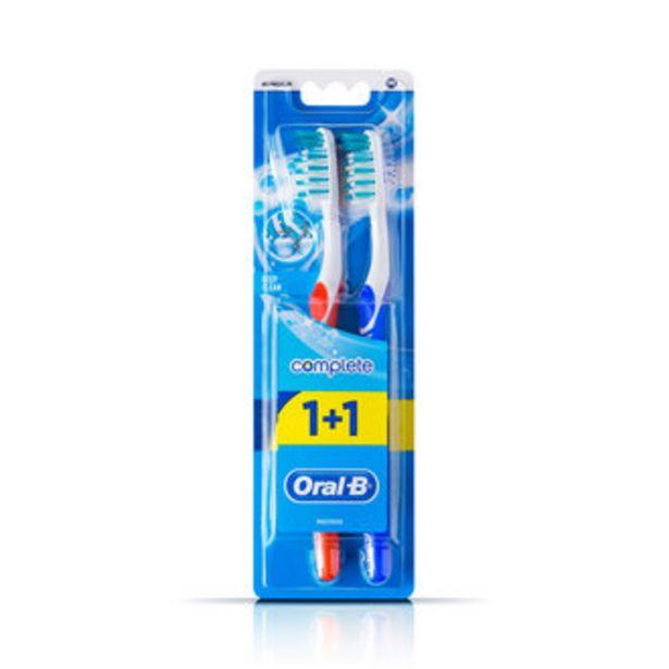 20,94 TL fiyatına Oral-B Advantage Komple Temizlik Diş Fırçası 40 Orta (1+1)