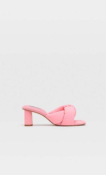 299,95 TL fiyatına Dolgulu bantlı topuklu kumaş sandalet